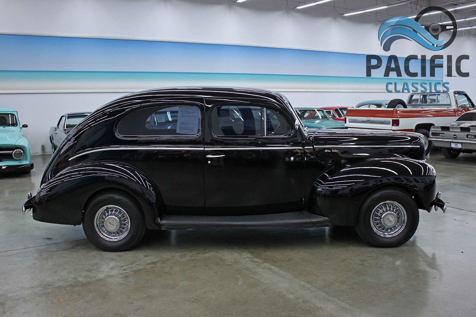 1940 Ford 2 Door Sedan