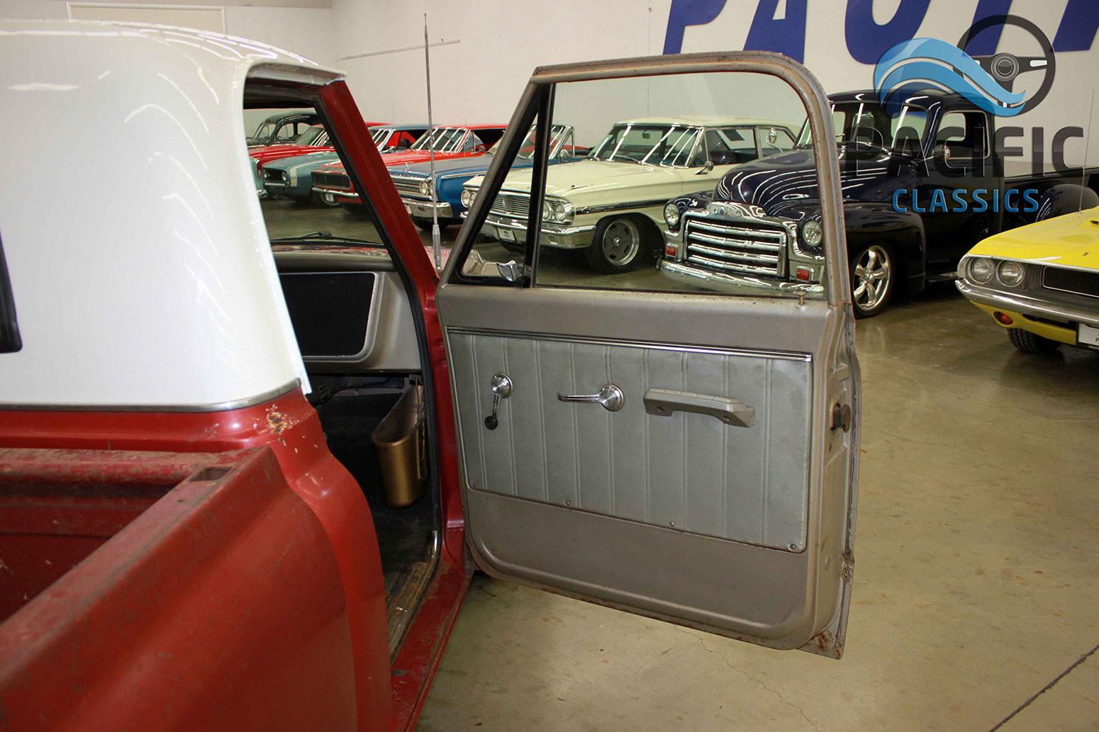 1967 Chevrolet C10 327