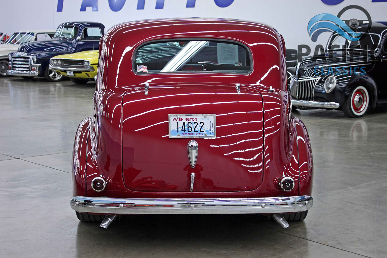 1939 Pontiac 2 Door Sedan