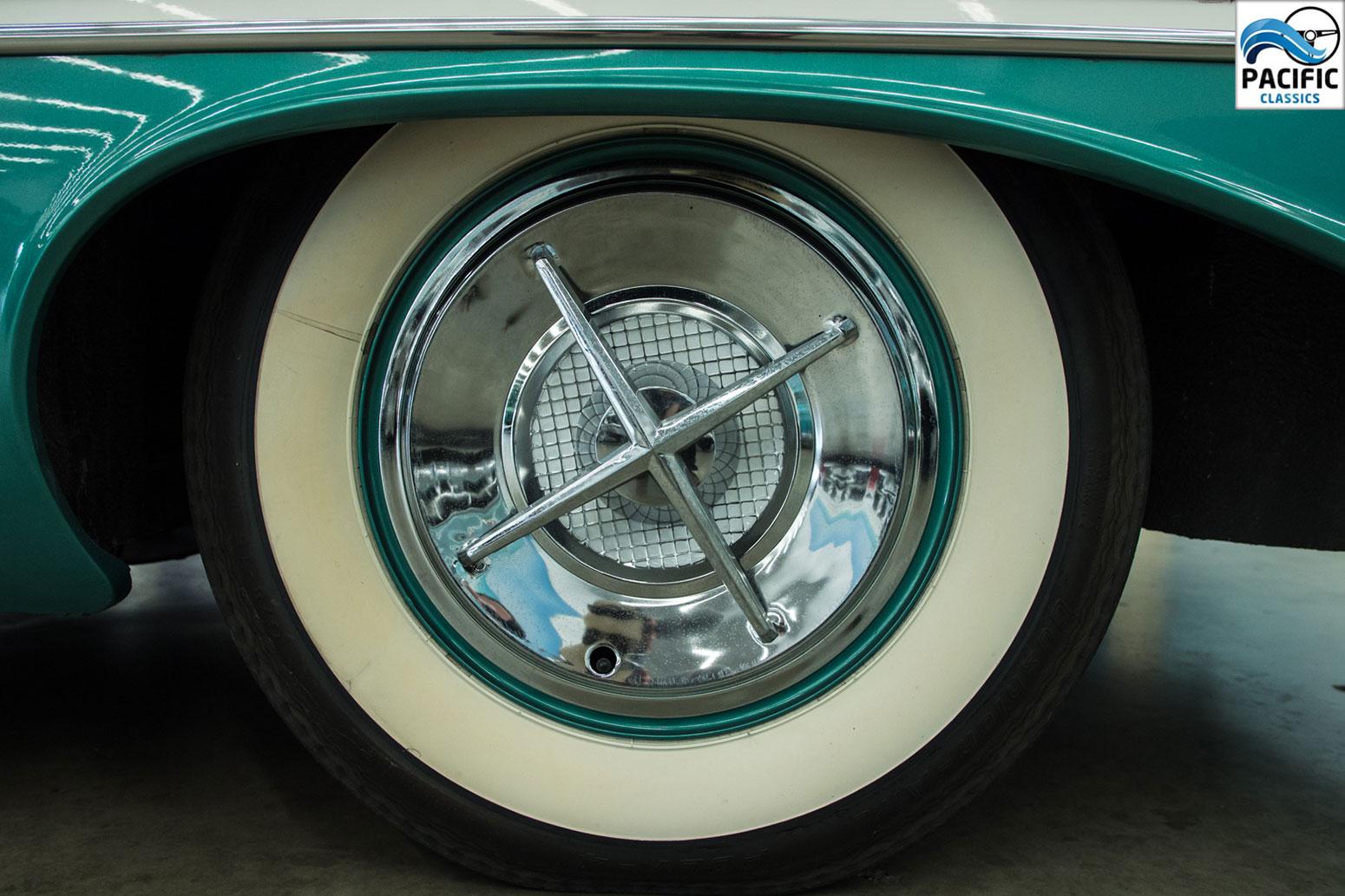 1957 Oldsmobile 2T