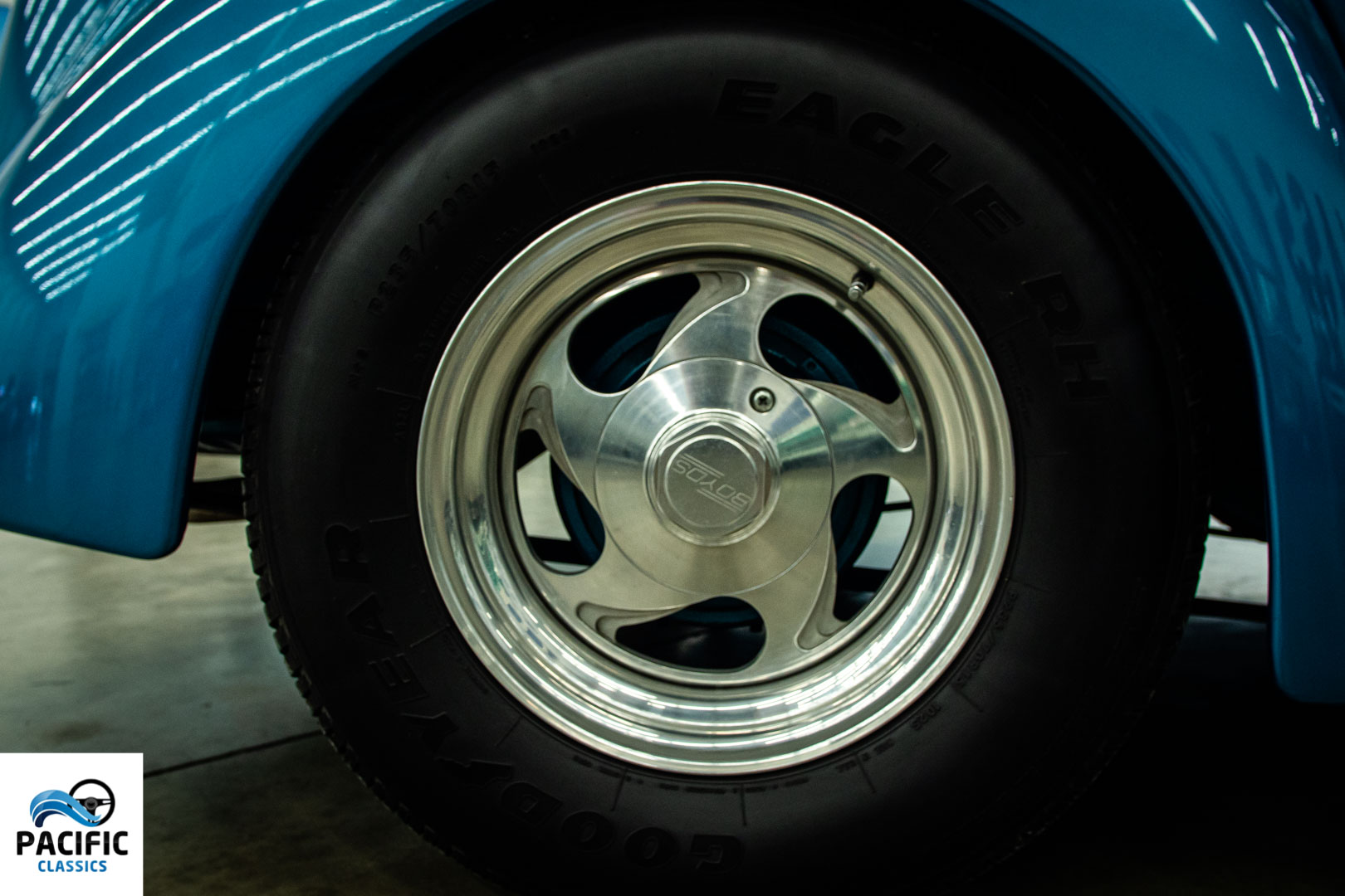 1937 Ford Convertible Sedan