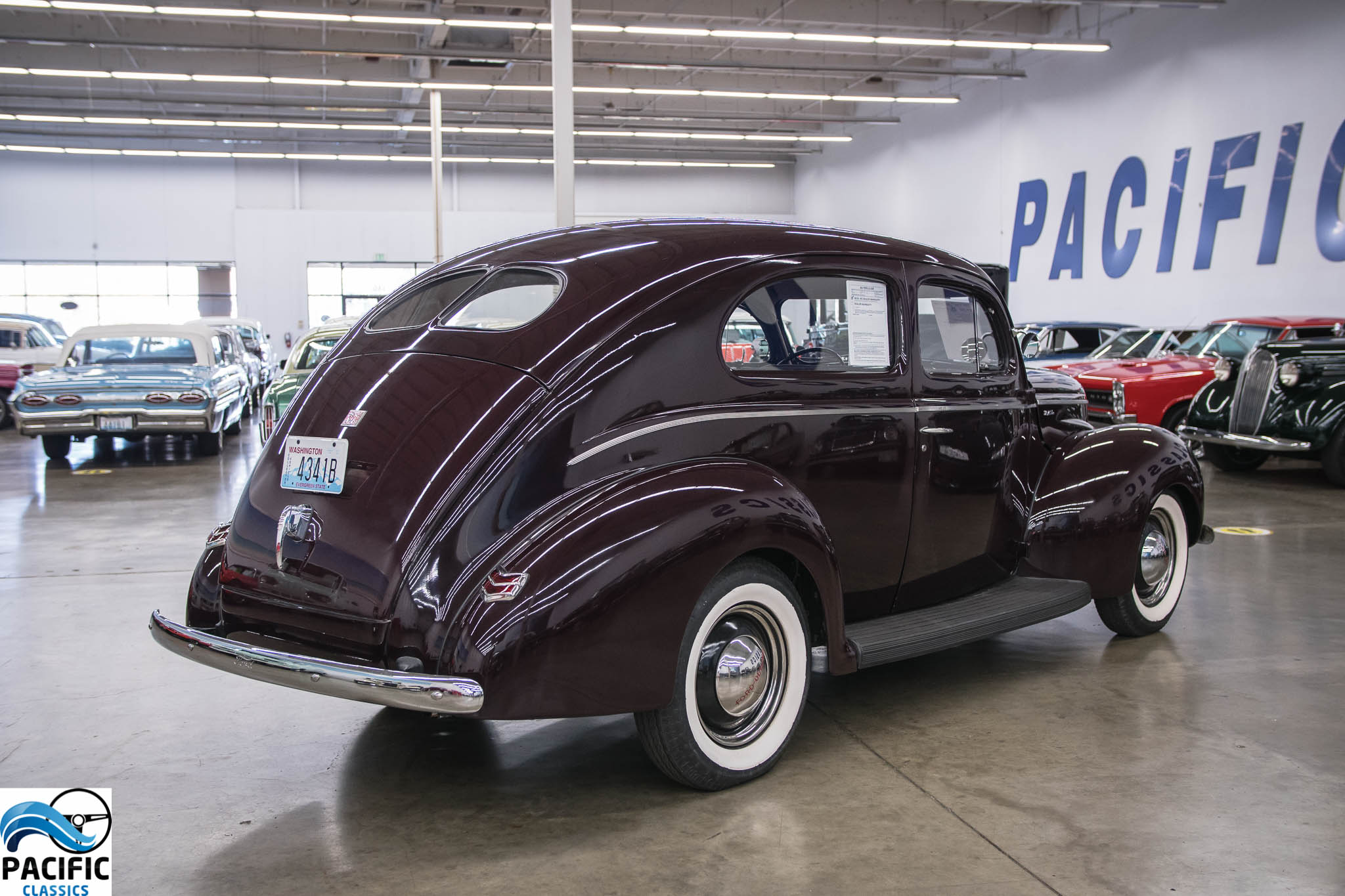 1940 Ford Tudor Deluxe